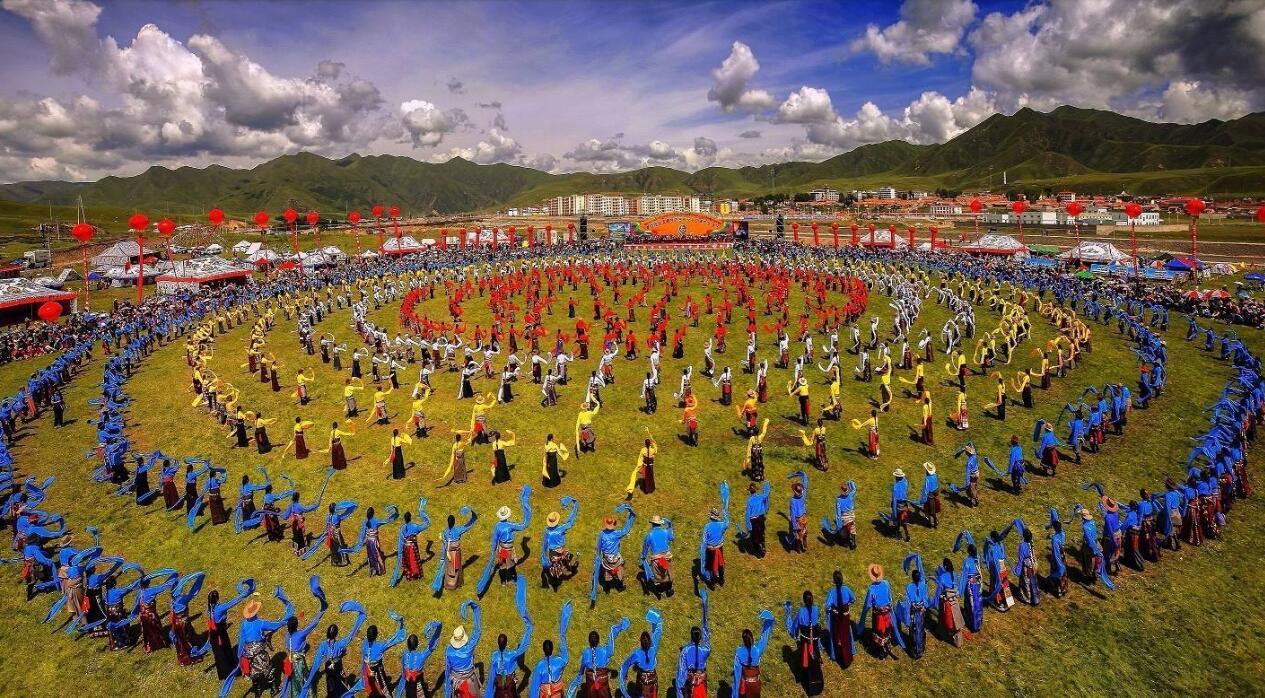 甘南香浪节是藏族传统节日之一新版完美世界攻略副本图片