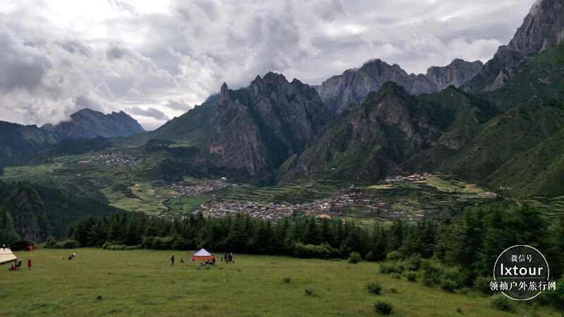 甘南旅游景点推荐指南:6-8月适合去扎尕那和尕海