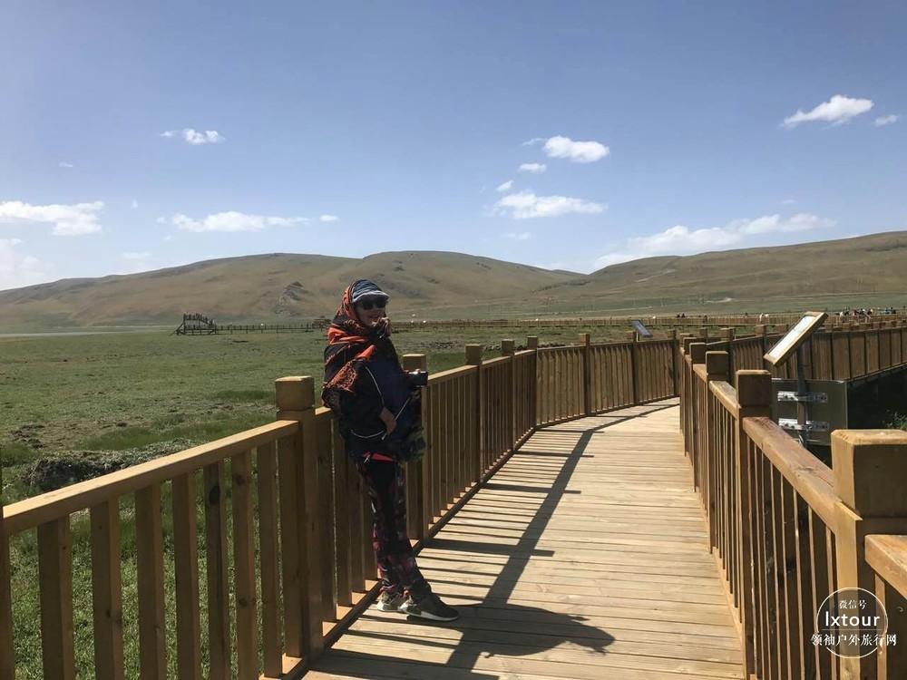 >> 甘南旅游景点推荐指南:6-8月适合去扎尕那和尕海     景区简介