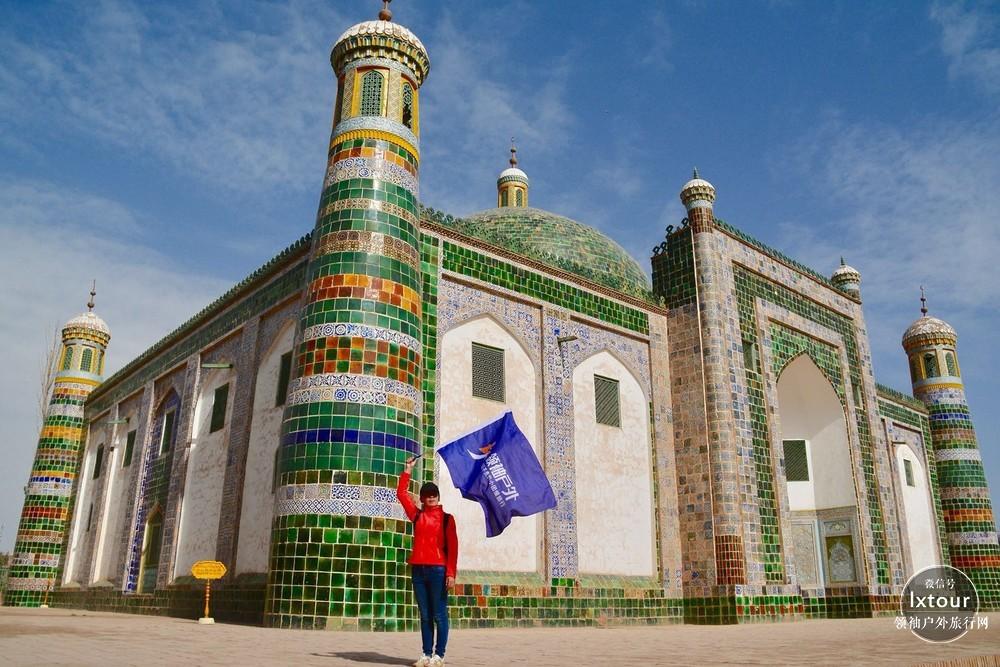 南疆喀什香妃墓旅游攻略:香妃墓门票价格及交通线路