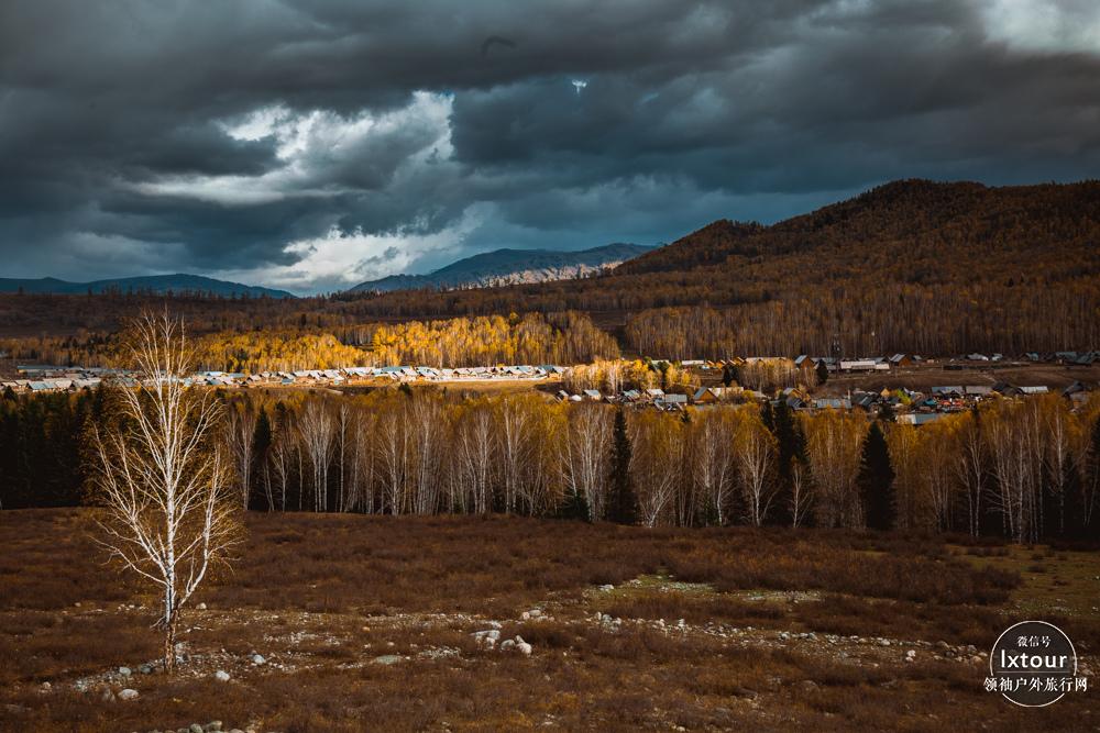 北疆金秋旅游:必去哪些景點可欣賞新疆的秋?