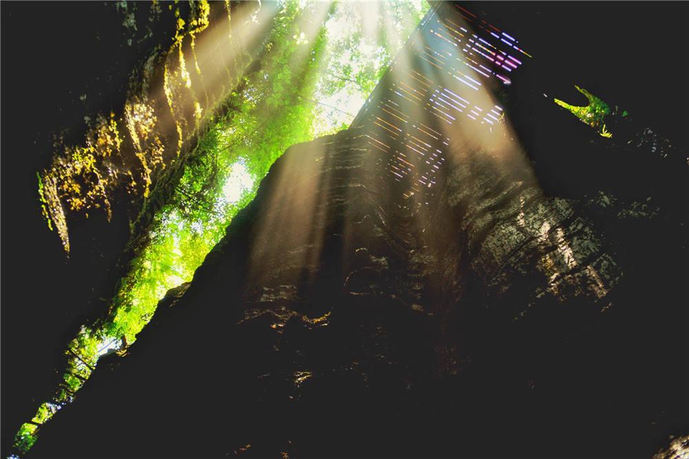 梭布垭石林旅游