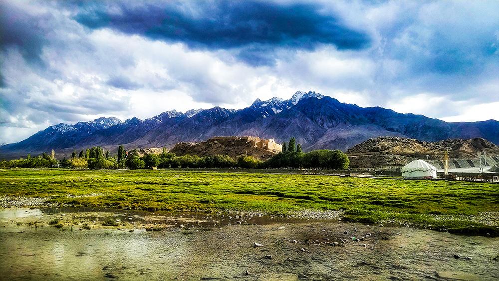 南疆秋季旅游