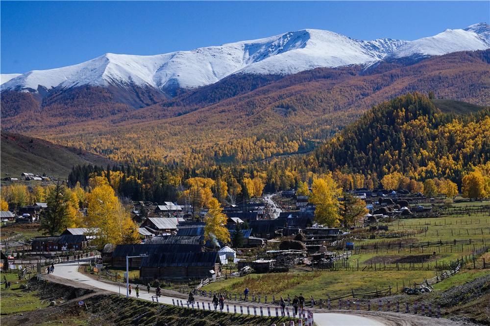 北疆秋季旅游