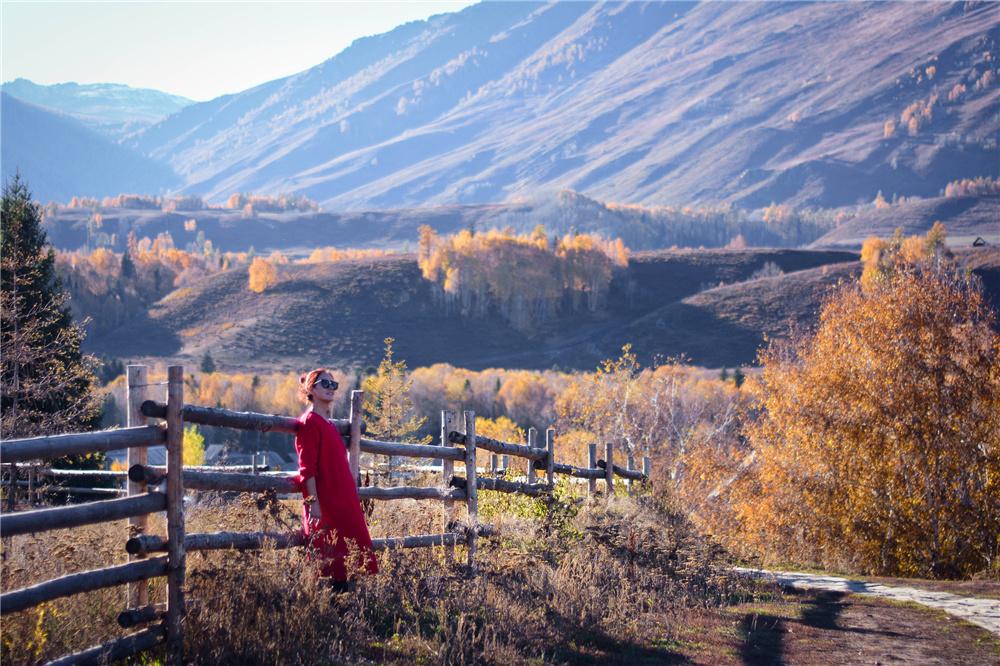金秋北疆旅游